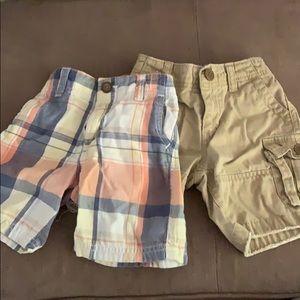18-24m Baby Gap shorts lot of 2